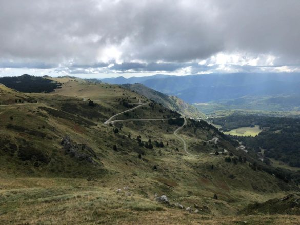 Abfahrt vom Port de Lers - Pyrenäen Durchquerung Rennrad